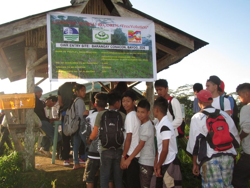 Students from Barangay Boboan National High School lined up and registered to join tree planting in Barangay Conacon, Bayog Zamboanga del Sur